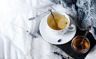 - Honning er ikke spesielt sunnere enn hvitt sukker