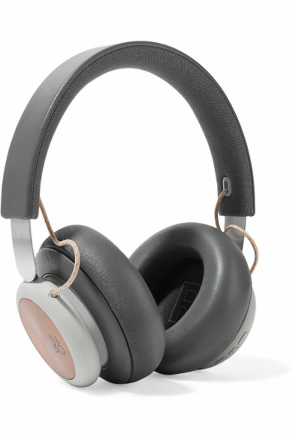 Headset fra B&O Play via Net-a-porter.com |3000,-| https://www.net-a-porter.com/no/en/product/1019869/b_o_play/h4-wireless-leather-and-aluminium-headphones