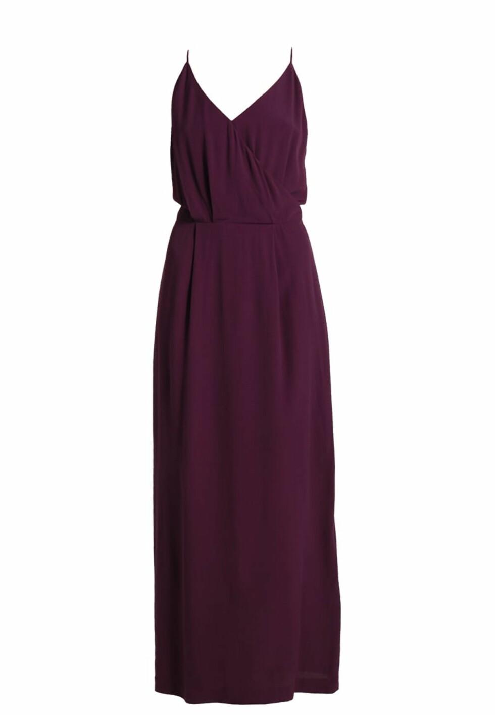 Kjole fra Samsøe Samsøe |1495,-| https://www.zalando.no/samsoe-and-samsoe-kjole-potent-purple-sa321c04h-i11.html
