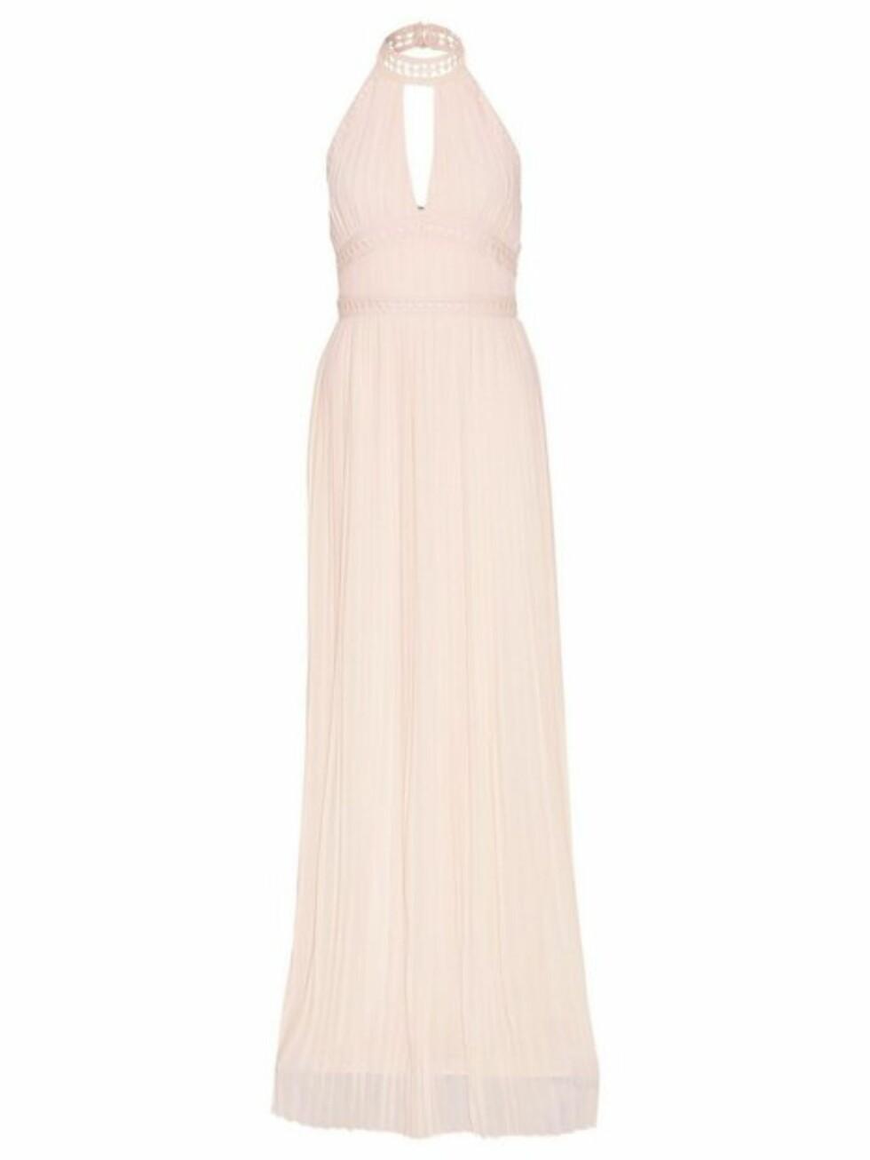 Kjole fra TFNC |629,-| https://nelly.com/no/kl%C3%A6r-til-kvinner/kl%C3%A6r/festkjoler/tfnc-777/corrine-maxi-dress-775036-2174/