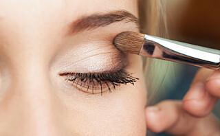 Sminketriksene for deg med tunge øyelokk