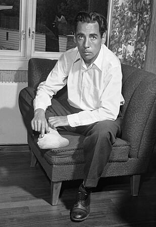 JAN BAALSRUD: Den norske motstandsmannen Jan Baalsrud (1917-1988) overlevde den to måneder lange flukten fra Troms til Sverige ved hjelp av lokale innbyggere. På grunn av fare for koldbrann måtte han underveis amputere flere tær. Dette bildet er fra 1955. Foto: NTB Scanpix