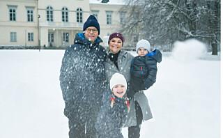 Det royale søskenparet Estelle og Oscar sjarmerer i søt julevideo!