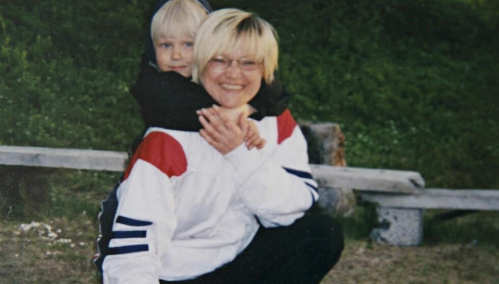 BLID GUTT: - Arnar var en sånn blid liten gutt, forteller Ann-Mary. Det var helt til han begynte på skolen. FOTO: Privat