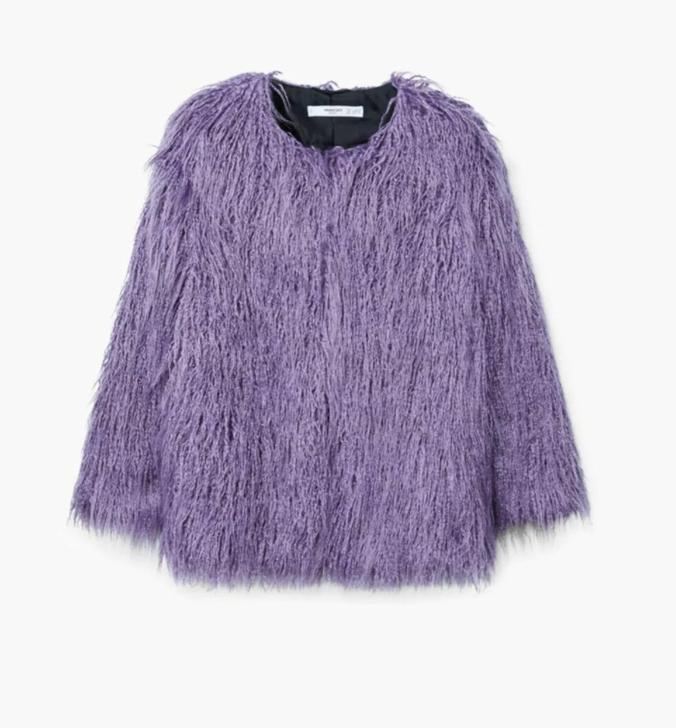 Fake fur fra Mango |499,-| https://shop.mango.com/no/damer/ytterjakker/pelsjakke_13075738.html?c=62&n=1&s=search&ts=1513931563084