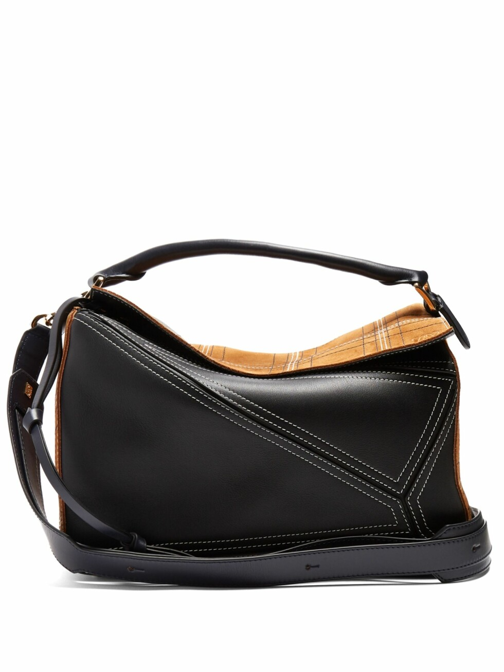 Veske fra Loewe  13200,-  https://www.matchesfashion.com/intl/products/Loewe-Puzzle-contrast-panel-leather-and-suede-bag--1168845