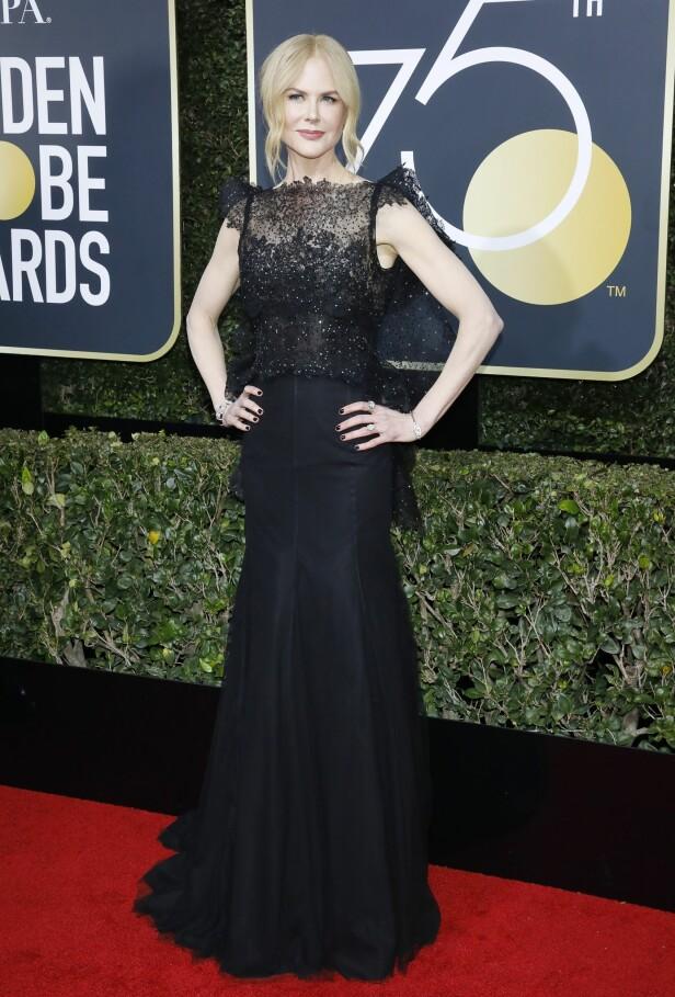 Nicole Kidman i elegant, lang kjole. Foto: NTB Scanpix