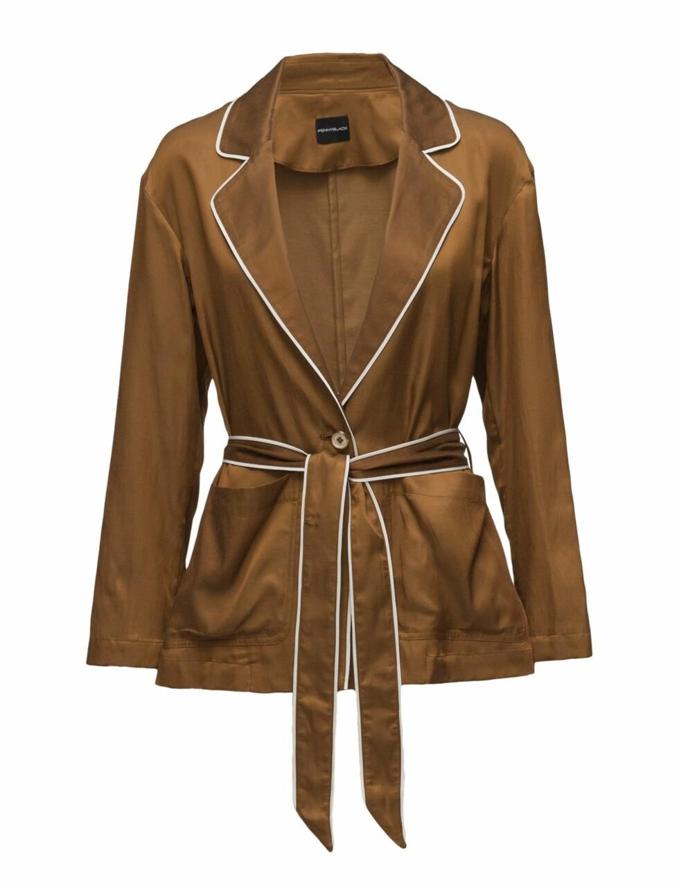 Brun, blank blazer fra |Pennyblack|http://clk.tradedoubler.com/click?p=227665&a=3009936&g=20804994&url=https://www.boozt.com/no/no/penny-black/baglio_15254543/15254548?navId=67363&sNavId=67450&group=listing&position=1000000