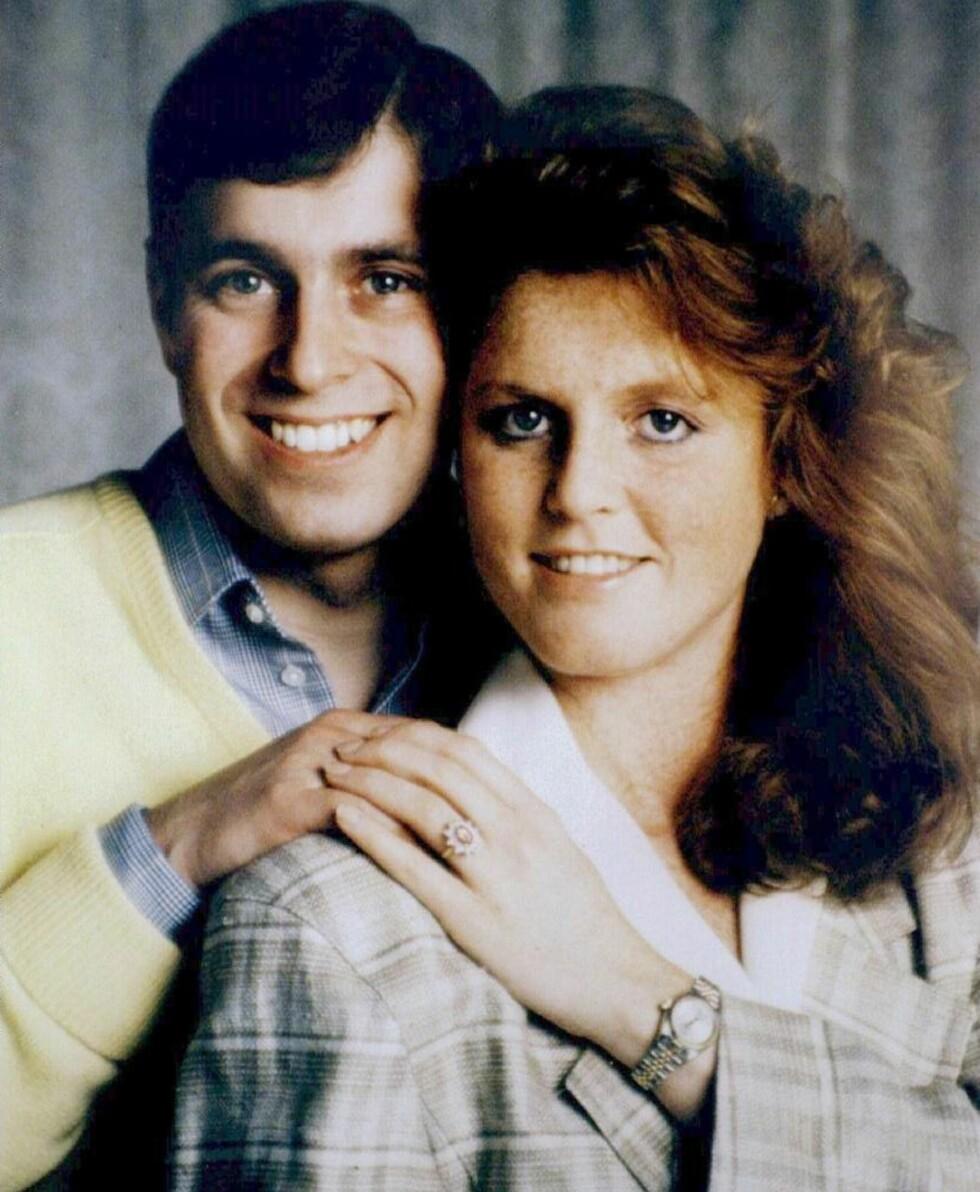 FORELDRENE: Eugenies ring minner mye om den ringen pappa Andrew ga Sarah Ferguson da de inngikk forlovelse  i 1986. Foto: NTB Scanpix