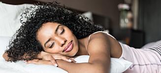 - Å ta igjen søvn i helgene er veldig vanlig, men kan føre til problemer