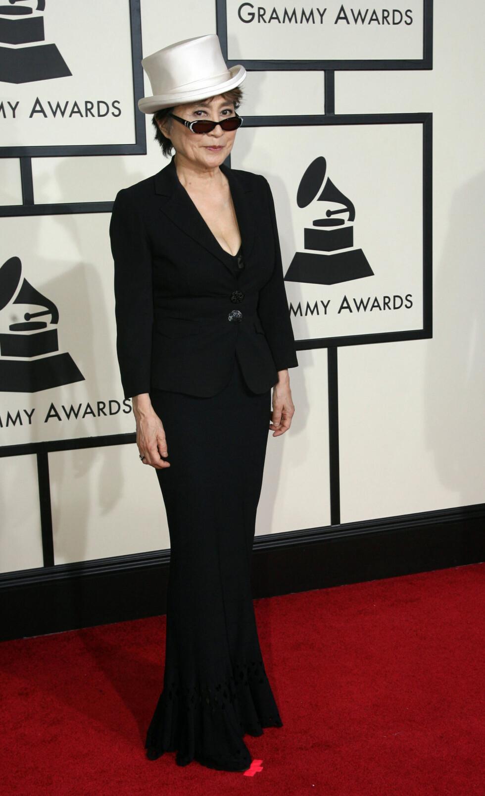 YOKO ONO: Den japanske superstjernen Yoko Ono kastet glans over Grammy-utdelingen i 2008. Foto: NTB Scanpix