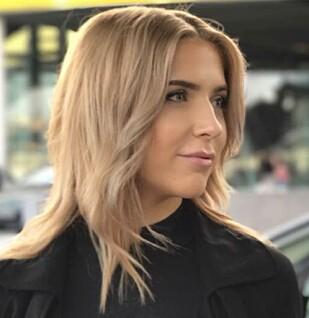 INGEN STOR TREND I NORGE: Selv om grått hår er blitt mer in, er det ifølge frisør Karen Bessesen allikevel forholdsvis få som ønsker å ha naturlig grått hår. Foto: Nikita