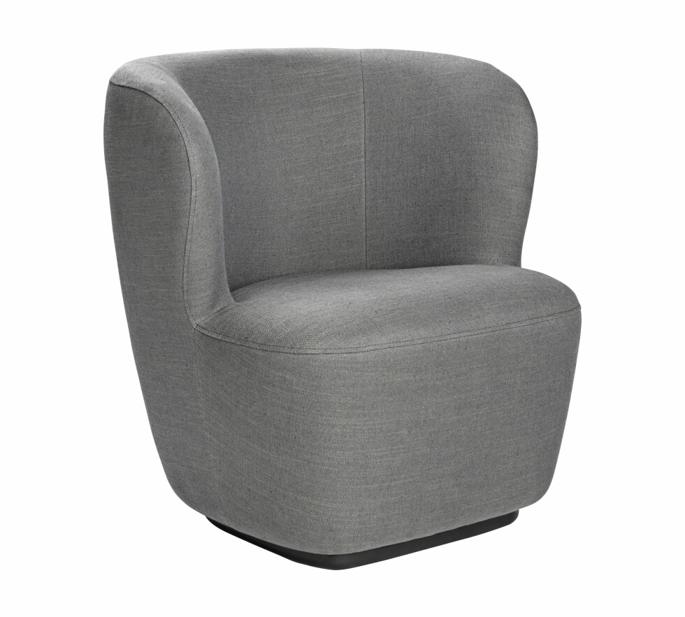 Lenestolen Stay Lounge Chair (kr 21 850, Gubi).