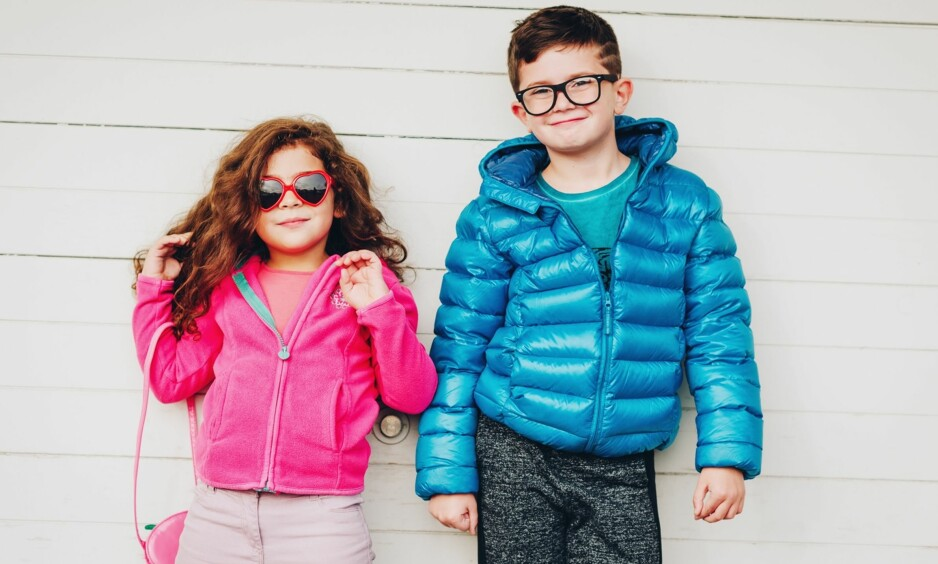 KJØNN OG FARGER PÅ KLÆR: Lar du barnet ditt få velge farge på klærne selv? Det kan bety mer enn du tror! FOTO: NTB Scanpix