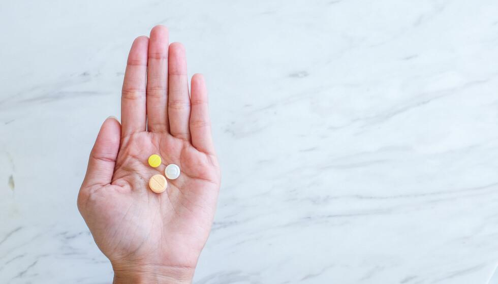 <strong>MENSSMERTER:</strong> For kvinner som har menssmerter og vil ha effekt av smertestillende medikamenter, så er hva slags type smertestillende, når de tas og hvor mye som tas ikke uvesentlig. FOTO: NTB Scanpix