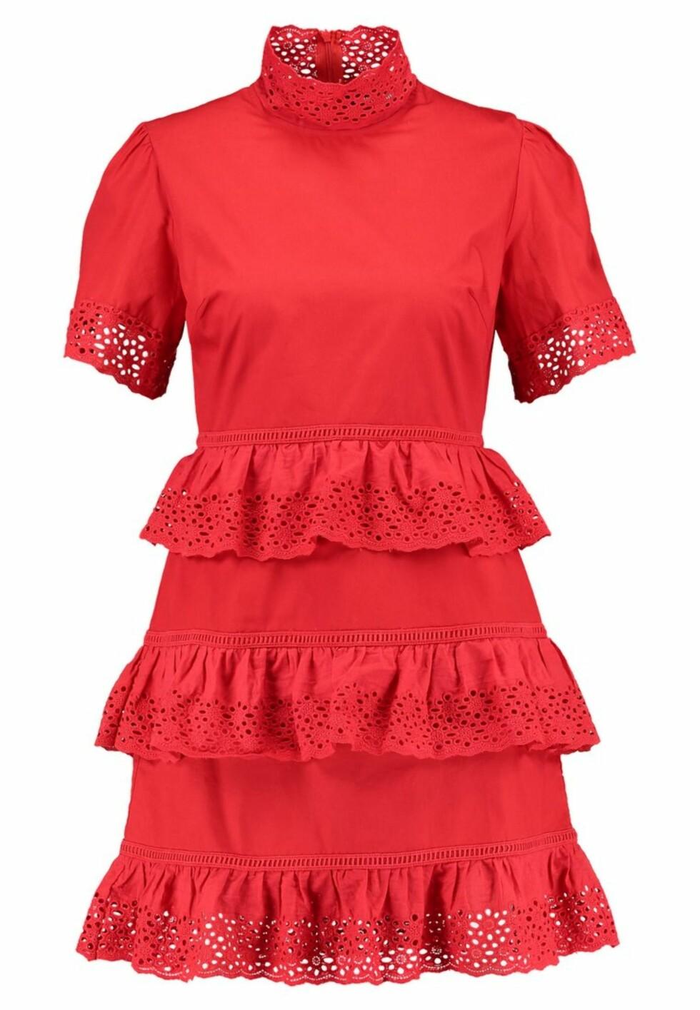 Kjole fra Fashion Union |599,-| https://www.zalando.no/fashion-union-nerissa-sommerkjole-red-faa21c042-g11.html