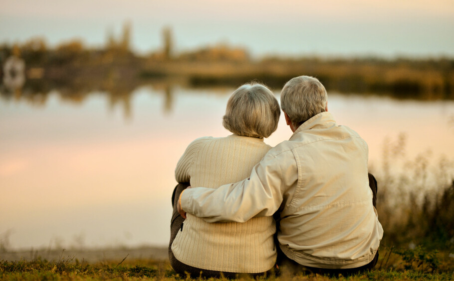 VALENTINSDAG: Hemmelig date, gryende forelskelse eller livslangt vennskap? Det finnes mange grunner til å feire valentinsdagen! FOTO: NTB Scanpix.