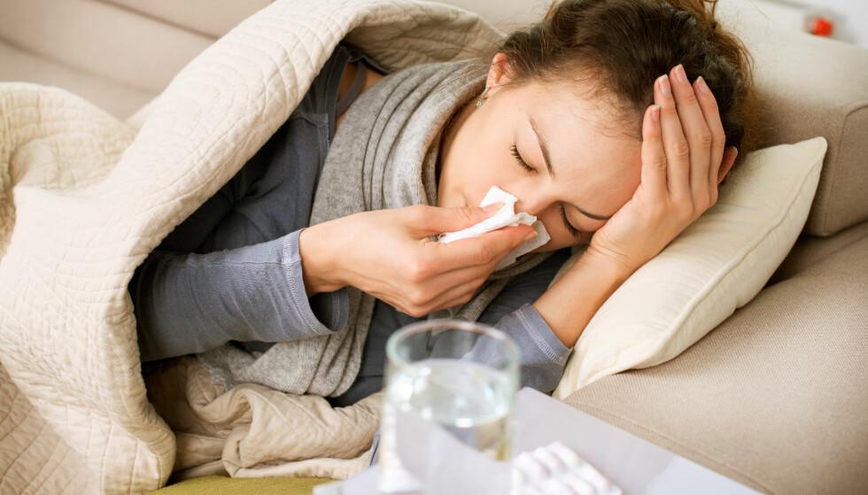STARTER MED EN BETENNELSE: Nesesprayen gir rask og god effekt, og det er fristende å bruke den litt lenger enn anbefalt. FOTO: NTB Scanpix