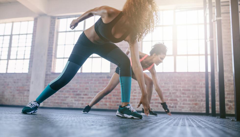 POPULÆRT: HIIT kom øverst på lista over treningsformene ekspertene ved ACSM spådde som de mest populære i 2018. Andre og tredjeplassen gikk til styrketrening og trening med teknoligiske hjelpemidler, som skritteller og pulsklokke. FOTO: NTB Scanpix