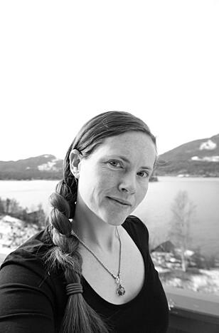 BLE SYK SOM 19-ÅRING: Turid Kathrin Trevland er opptatt av at flere må få vite om hva ulcerøs kolitt er. FOTO: Privat
