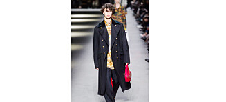 Prins Nikolai av Danmark gikk på catwalken for britiske Burberry under London Fashion Week