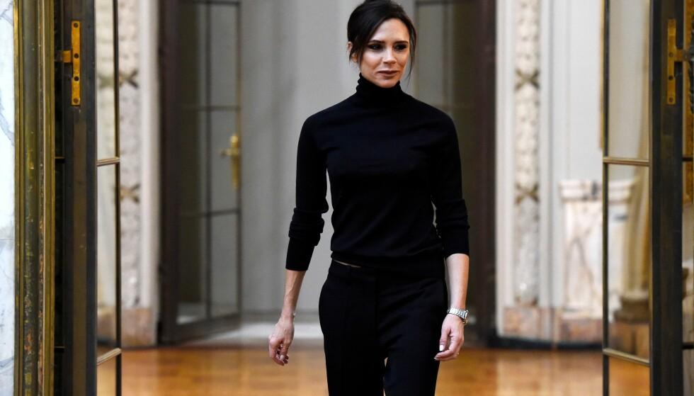 STANSER SYKDOMSOVERFØRING: Victoria Beckham på hennes eget show under New York Fashion week. FOTO: NTB Scanpix