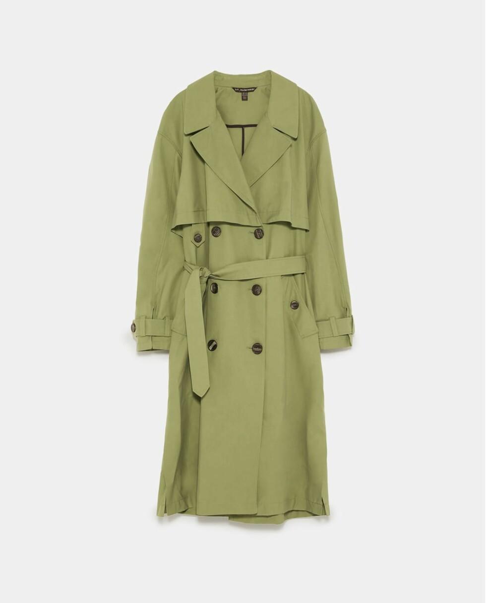 Trenchcoat fra Zara |799,-| https://www.zara.com/no/no/trenchcoat-med-dobbel-knepping-p01255012.html?v1=5689521&v2=805004