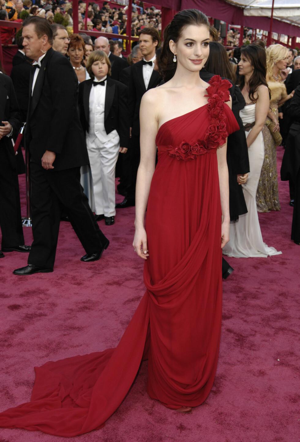 2008: Anne Hathaway i Marchesa