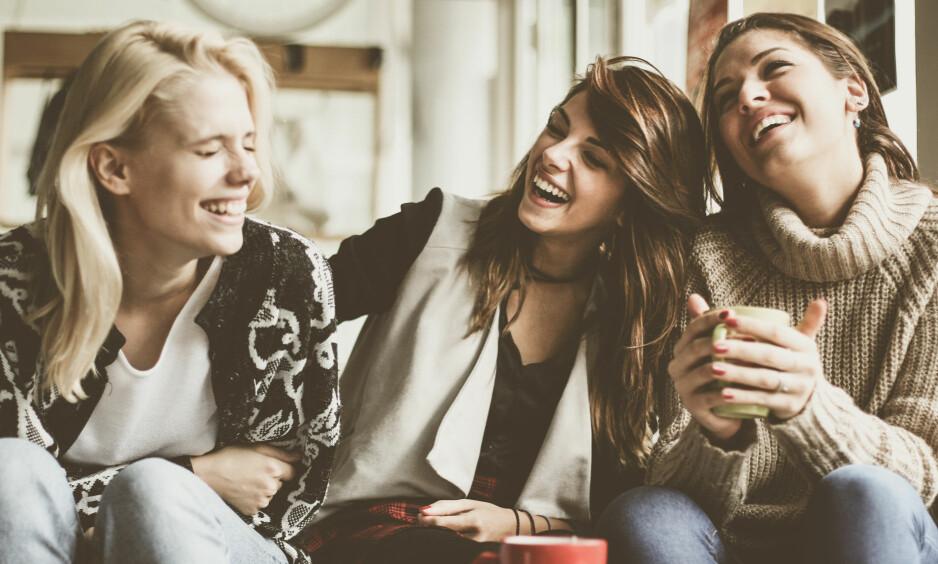 SAMLIVSBRUDD: Tid med gode venner er alltid en god idé! Det kan også hjelpe deg å komme over et vanskelig brudd. FOTO: NTB Scanpix