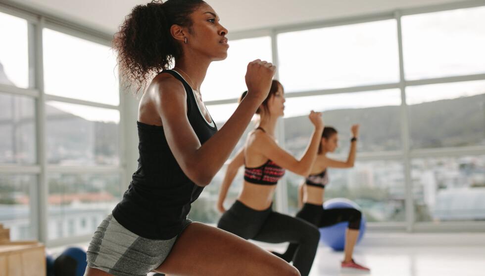 TRENING OG HUD: Man kan få inntrykk av at trening er en vidunderkur mot alt, men påvirker den egentlig huden vår? FOTO: NTB Scanpix