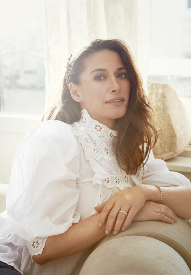 TRAVLE DAGER: Pia Tjelta er både filmaktuell og med i TV-serie og ny kleskolleksjon. Hjemme venter tvillinger på to år, skuespillermannen og datteren på 17 år. FOTO: Julie Pike