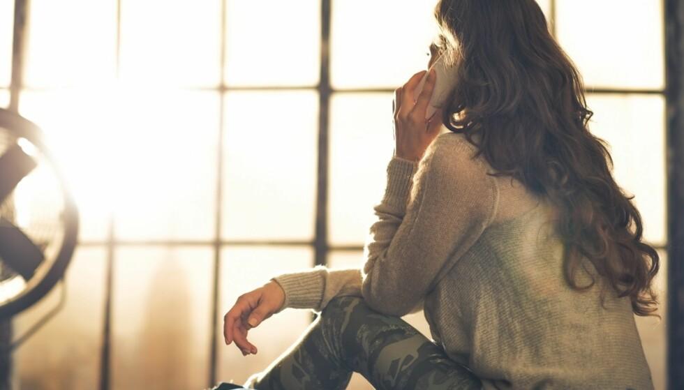 ALLTID TILGJENGELIG: Det er slitsomt å være venn med en som kun prater om seg selv. FOTO: NTB Scanpix