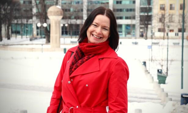HAR DET MYE BEDRE: Marianne har skapt sin egen arbeidsplass, og kan nå jobbe i sitt eget tempo. FOTO: Ida Bergersen