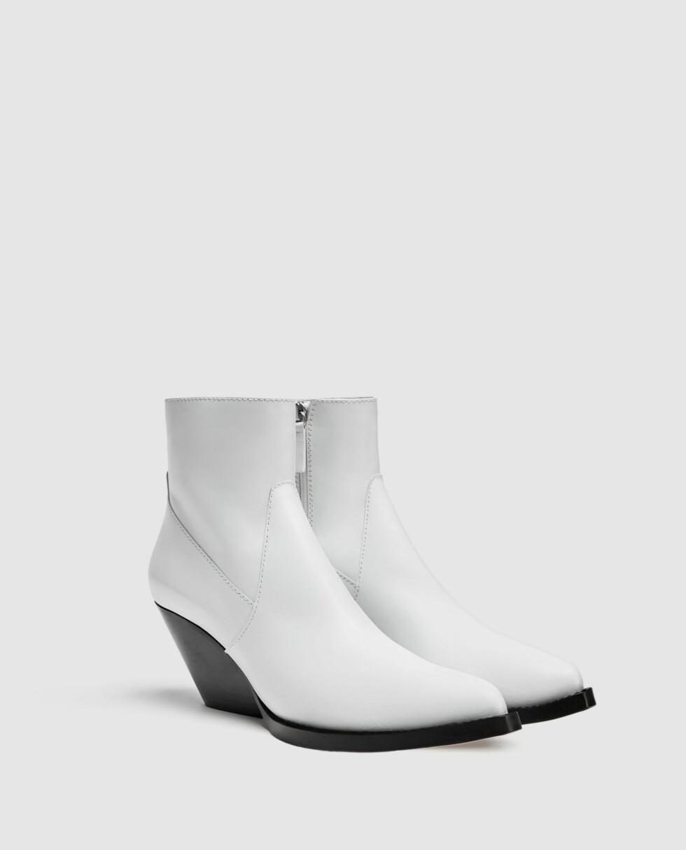 Zara |1199,-| https://www.zara.com/no/no/cowboyst%C3%B8vlett-i-skinn-p11121301.html?v1=5928510&v2=893503