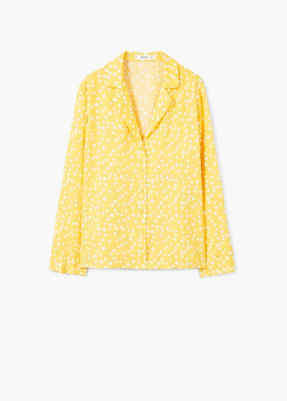 Skjorte fra Mango  249,-  https://shop.mango.com/no/damer/skjorter-skjorter/l%C3%B8s-skjorte-med-knapper_23090374.html?c=12&n=1&s=search
