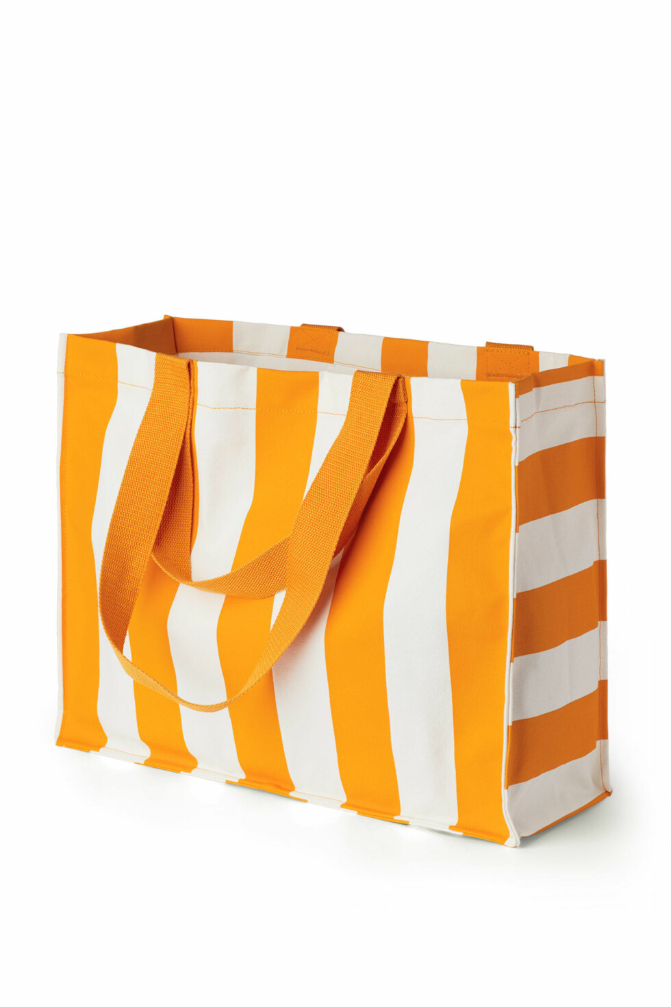 Bag fra Weekday |350,-| https://www.weekday.com/en_sek/women/categories/all/product.gamma-striped-tote-yellow.0588359002.html