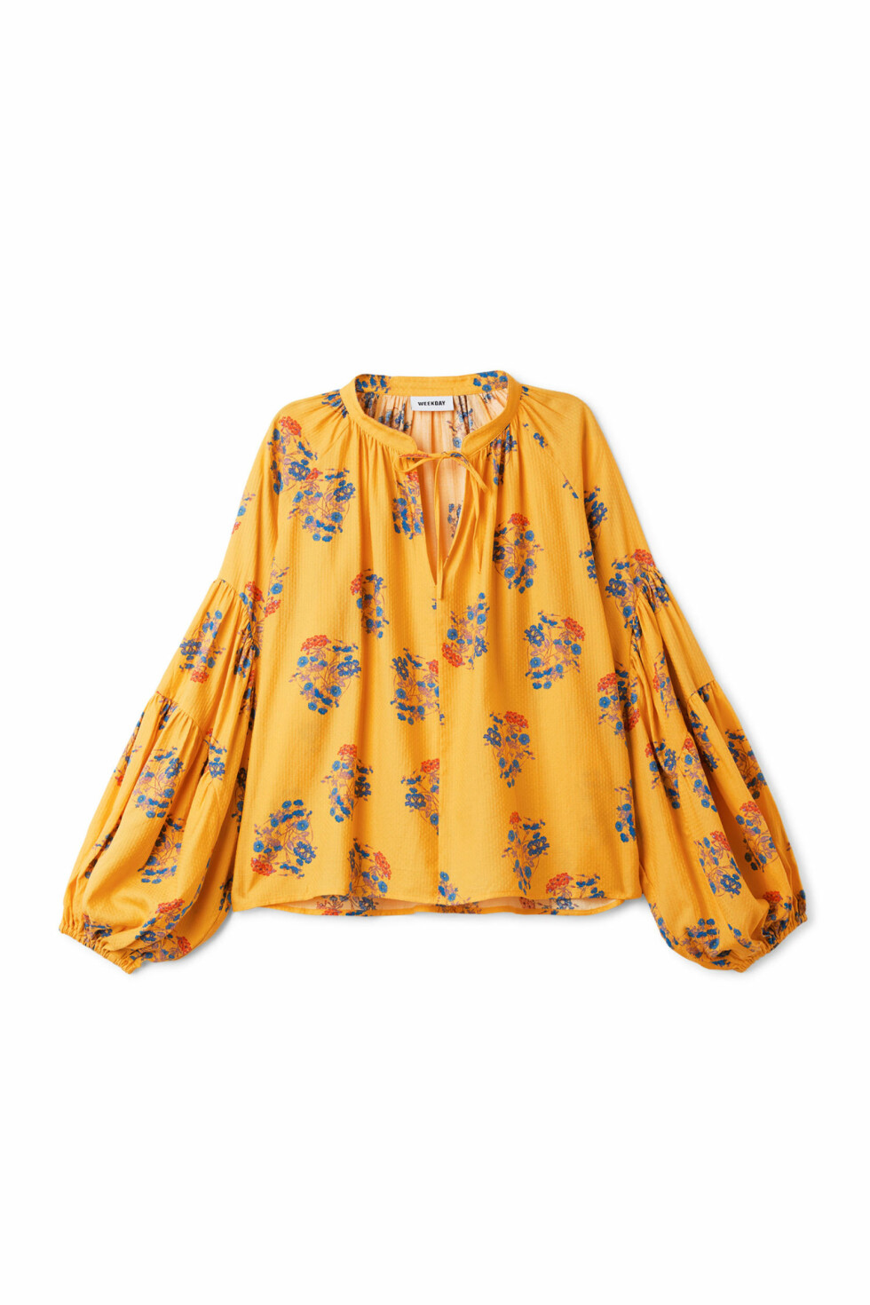 <strong>Topp fra Weekday |450,-| https:</strong>//www.weekday.com/en_sek/women/categories/all/product.miles-blouse-yellow.0587369002.html