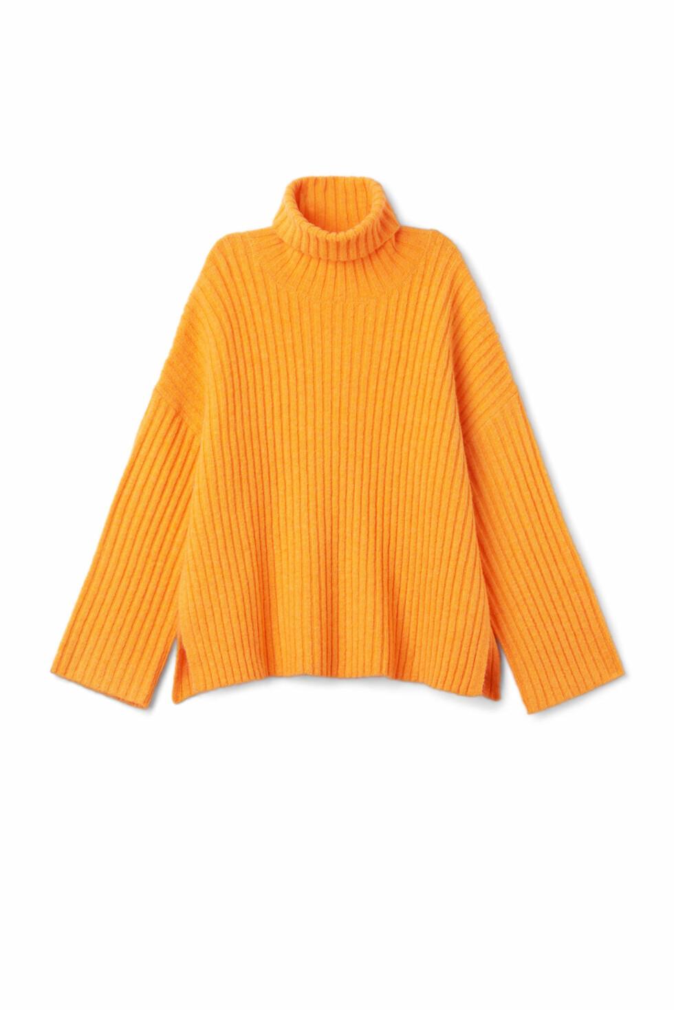 Genser fra Weekday  500,-  https://www.weekday.com/en_sek/women/categories/all/product.etch-sweater-dusty-tangerine.0589392004.html