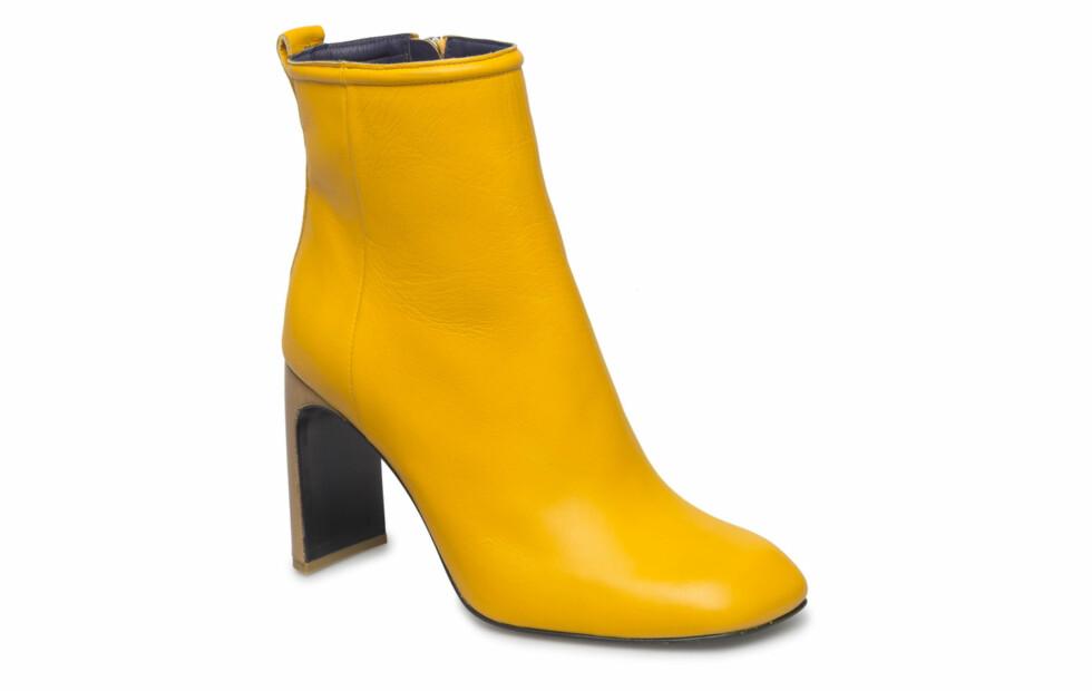 Boots fra Rag & Bone  4669,-  https://www.boozt.com/se/sv/rag-bone/ellis-boot_17851574/17851575?group=helper_widget