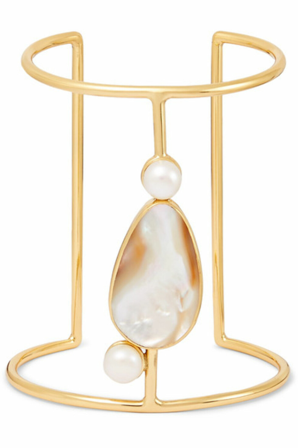Armbånd fra Conerlia Webb |2500,-| https://www.net-a-porter.com/no/en/product/1051365/Cornelia_Webb/gold-plated-pearl-and-mother-of-pearl-cuff