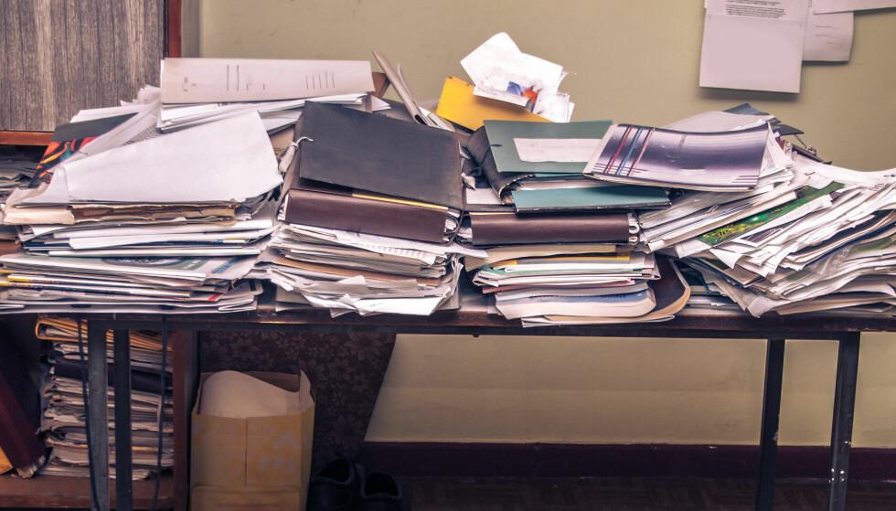 TRINNVIS RYDDING: Det er lurt å ikke gape over for mye. Ta ryddingen litt og litt. Foto: NTB Scanpix