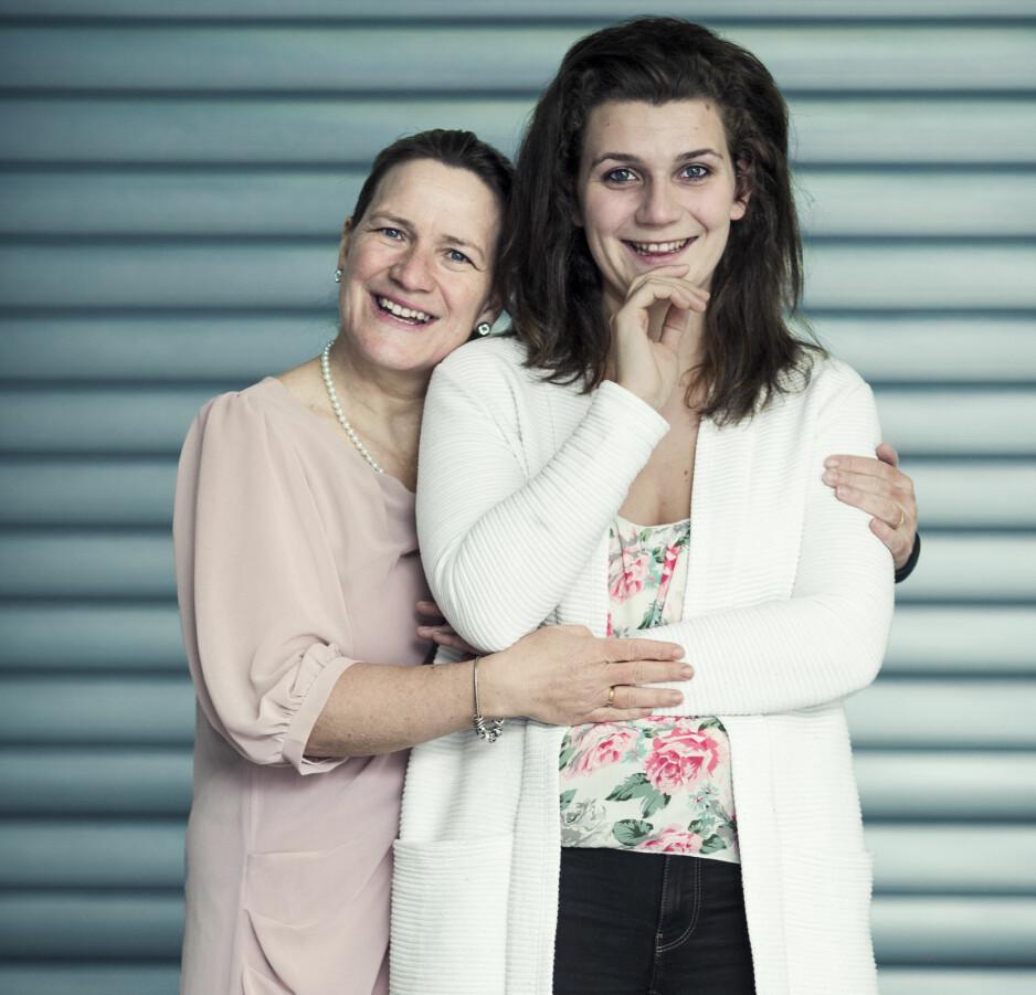EPILEPSI: Mor Lieke von Zwienen synes det var vanskelig da datteren Melisa som har epilepsi skulle flytte for seg selv. FOTO: Astrid Waller
