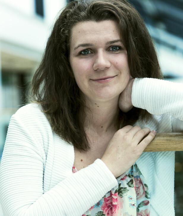 ISOLERT: - Epilepsien gjorde at jeg trakk meg tilbake sosialt og jeg fant på en del rart for å bli aksepetert av andre, sier Melisa, FOTO: Astrid Waller