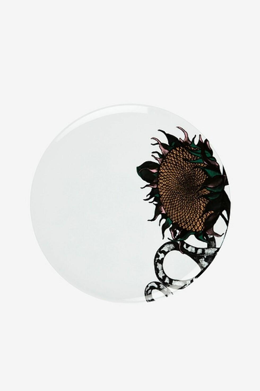 <strong>Tallerken fra Studio Lisa Bengtsson  325,-  https:</strong>//www.ellos.no/studio-lisa-bengtsson/tallerken-sunflower-28-cm/1520925-01