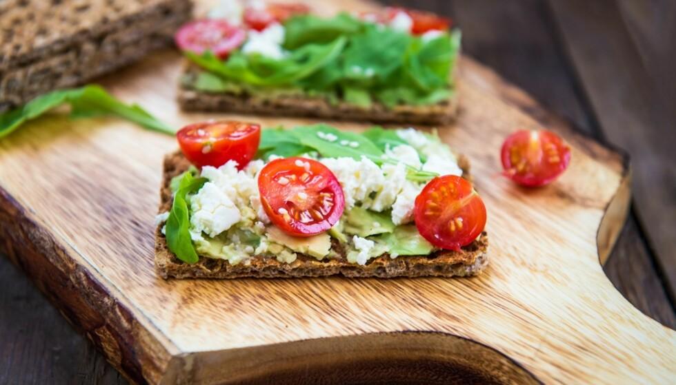 PÅLEGG: Det du topper brødmaten med har veldig mye å si for om det er et sunt måltid.. FOTO: NTB Scanpix
