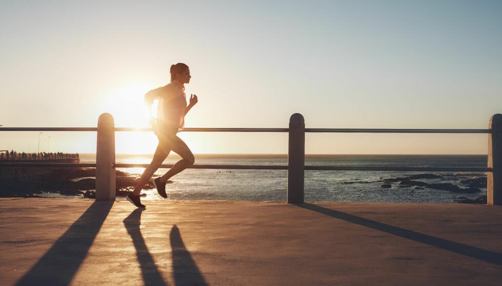 TRENINGSTØY: Vi er klare for å ta dagens treningsøkt utendørs i nytt treningstøy- er du? FOTO: NTB Scanpix