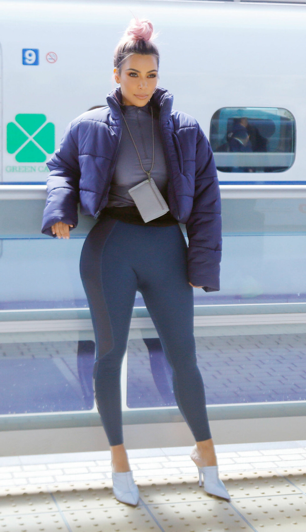 NÅ: Kim Kardashian fotografert i Tokyo i Japan i mars. Foto: NTB Scanpix