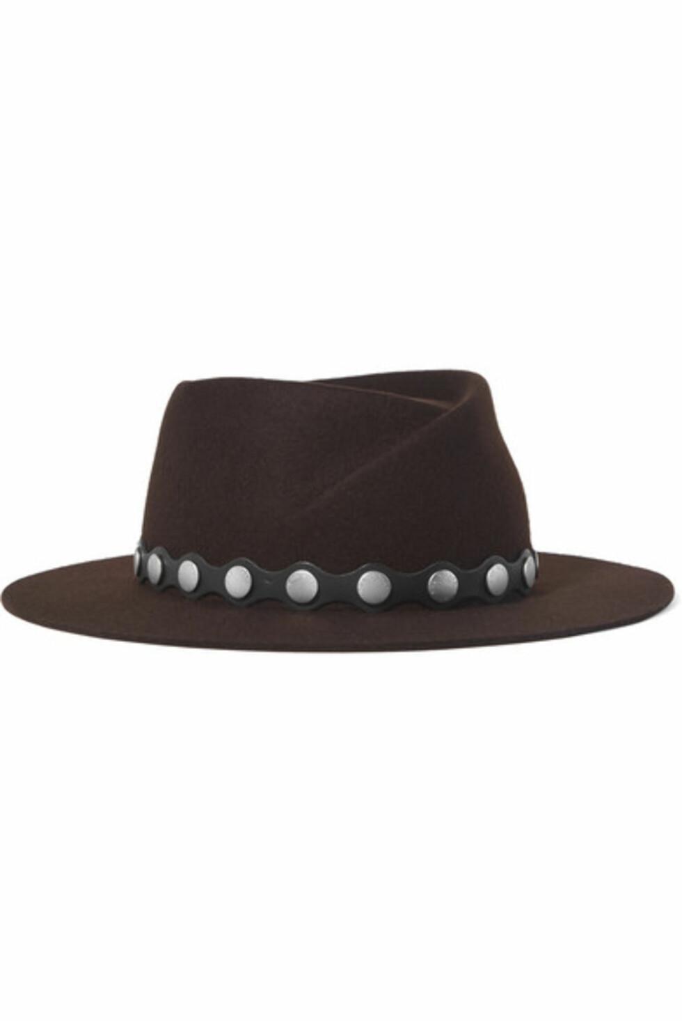 Hatt fra Rag & Bone |2500,-| https://www.net-a-porter.com/no/en/product/984505/rag_and_bone/edie-studded-leather-trimmed-wool-fedora