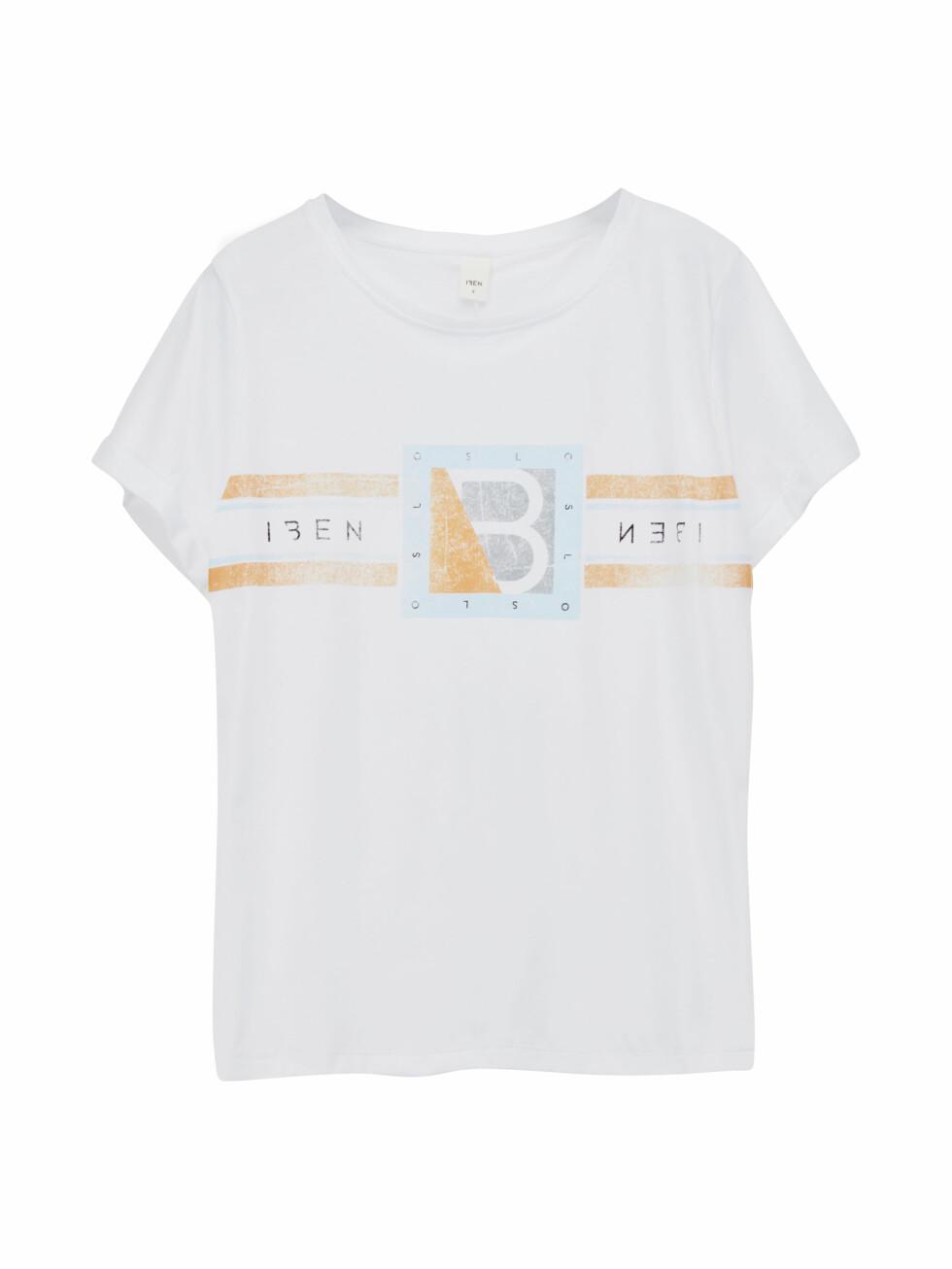 T-skjorte fra Iben |799,-| http://ibenofficial.tictail.com/product/boo-tee-logo-7332917