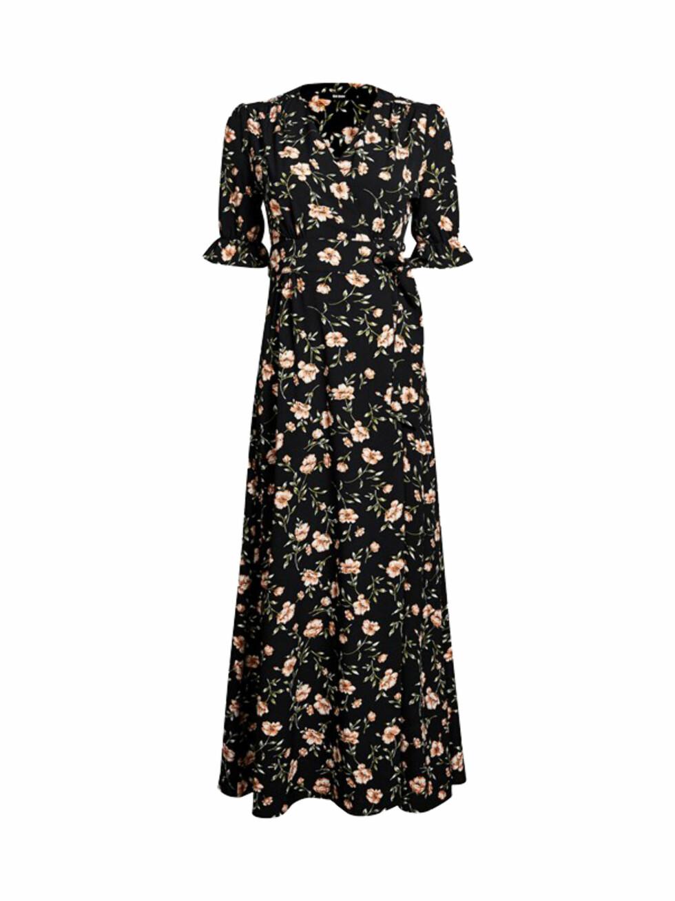 Kjole fra Bik Bok |400,-| https://bikbok.com/no/p/kjoler/cate-kjole/7217924_F001